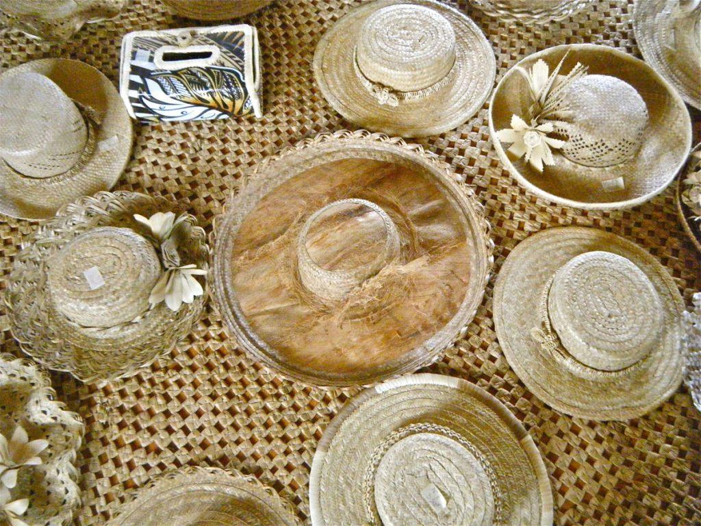artisanat chapeaux en pandanus des Australes
